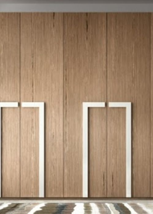 12 Solid wood and hinged doors with rectangular lighter elements